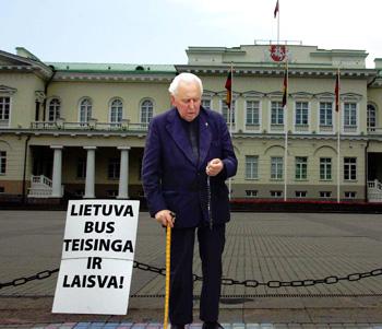 Monsinjoras Alfonsas Svarinskas